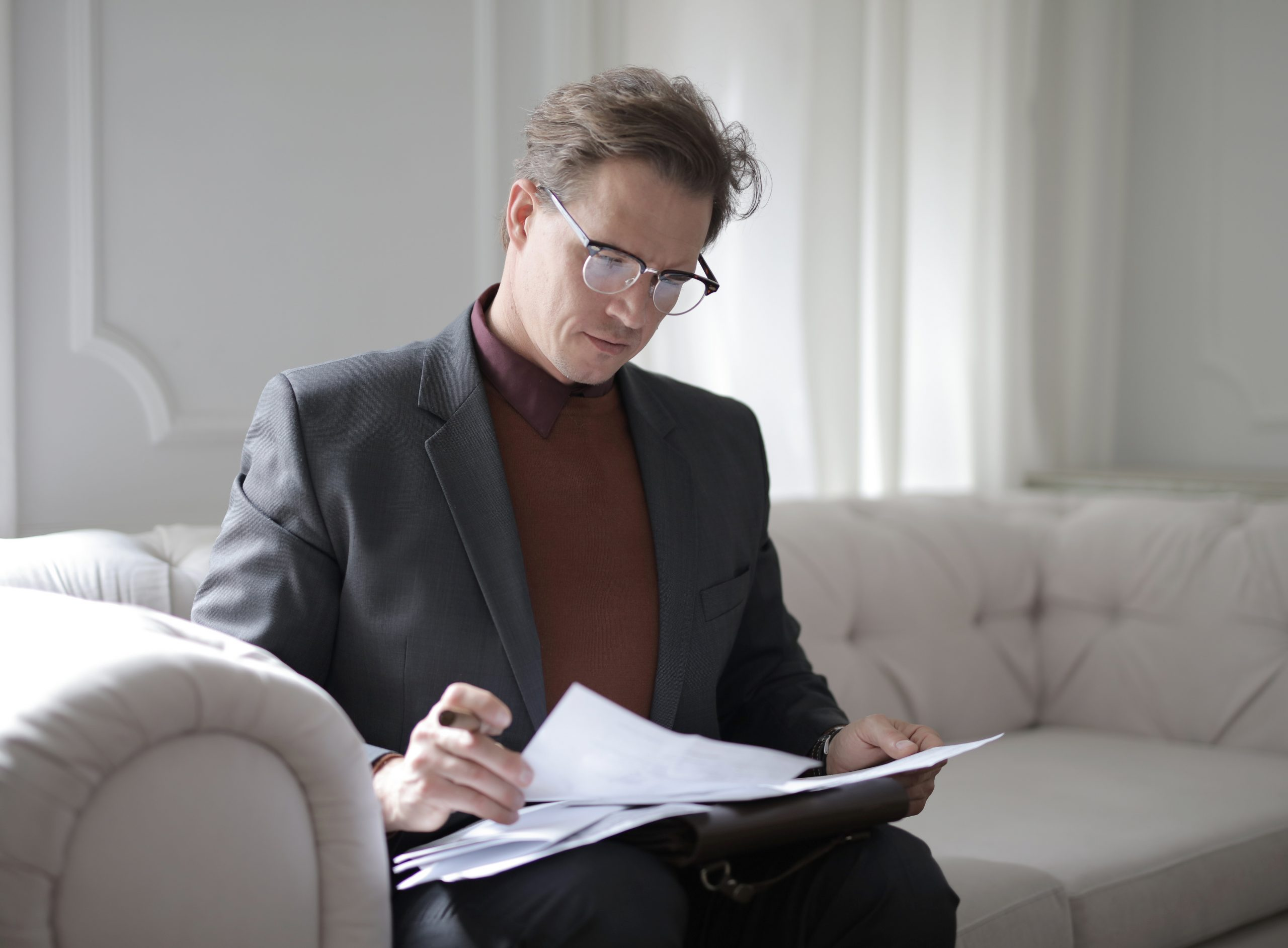 Criminal lawyer in Melbourne looking over some papers